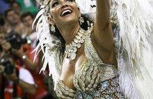 Бразильский карнавал - яркое шоу перьев, блесток и разврата!