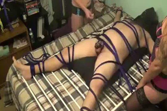 Чувак Жестоко Поплатился За Измену Своей Жене - Смотреть Порно Онлайн